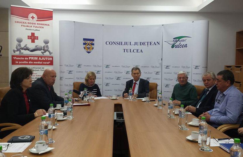 Proiect – pilot: Crucea Roşie Tulcea va înfiinţa puncte de prim ajutor în zece sate izolate din judeţ