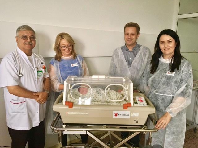 Salvaţi Copiii a dotat Maternitatea din Tulcea cu un incubator performant