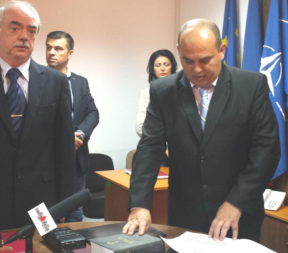 Schimbare de gardă: Cristian Iordan a preluat, oficial, mandatul de prefect al judeţului Tulcea