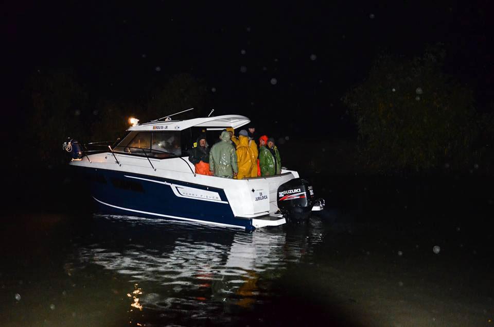 Misiune de urgenţă pe Lacul Razelm: 18 pescari salvaţi din mijlocul furtunii