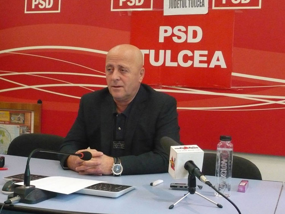 Preşedintele Horia Teodorescu i-a cerut demisia şefului Inspectoratului Şcolar, Mihai Stroe