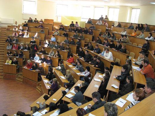 ASE Bucureşti îşi reactivează centrul de învăţământ la distanţă de la Tulcea