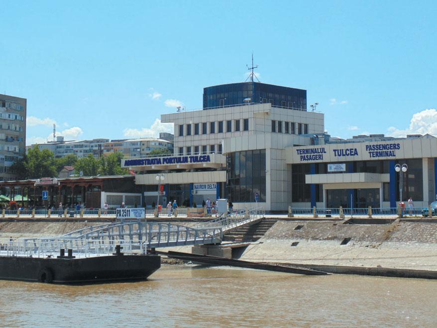 Fondul Proprietatea pune frână trecerii Portului Tulcea în administrare locală