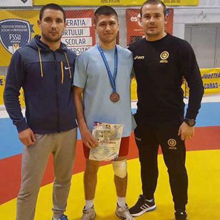 Campionatul Naţional de Lupte pentru seniori