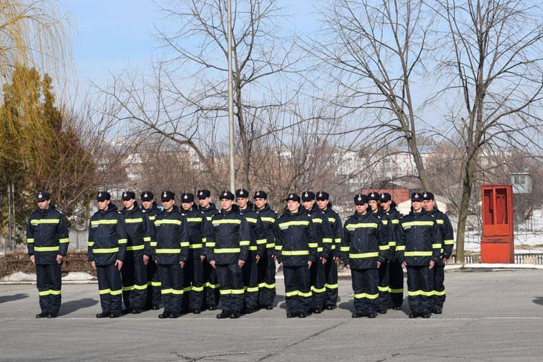 Noii pompieri tulceni au depus jurământul militar