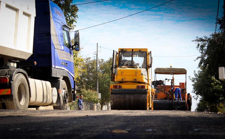 A început marea asfaltare: peste 10 milioane de lei pentru reabilitările străzilor din municipiu
