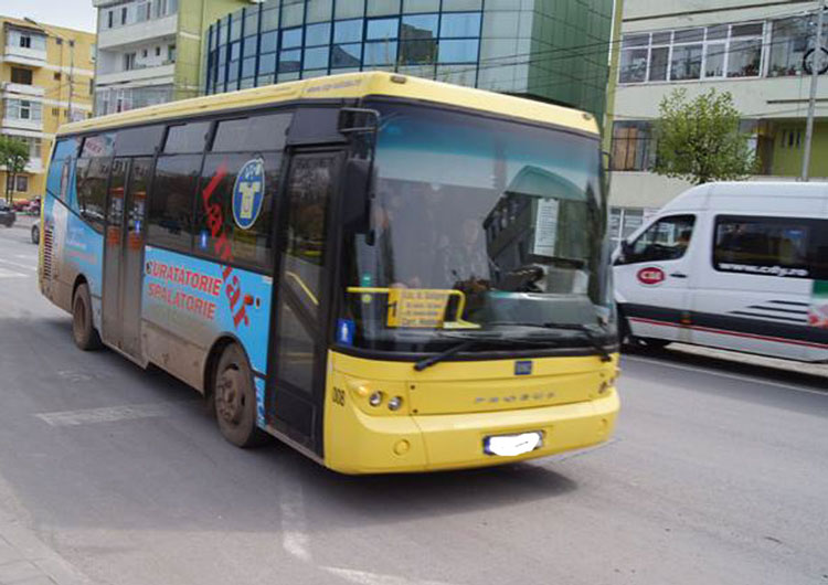 Birocraţia ţine în garaj autobuzele pentru Câşliţa şi Mineri