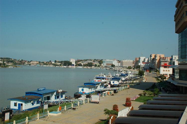 Legea privind preluarea portului, pe ultima sută de metri