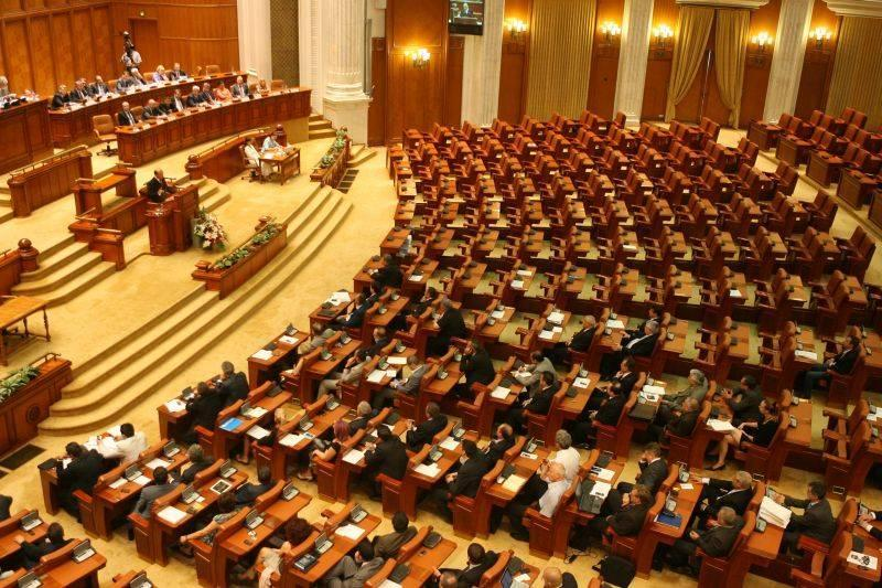 Soarta premierului Grindeanu, decisă astăzi