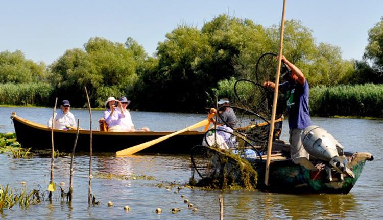 Liber la pescaturism în Delta Dunării!