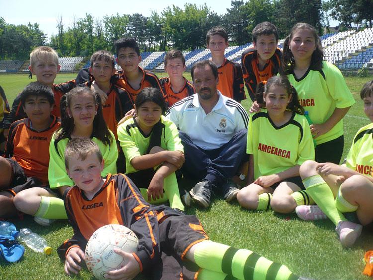 Peste 150 de copii s-au bucurat de fotbal la Cupa 1 iunie