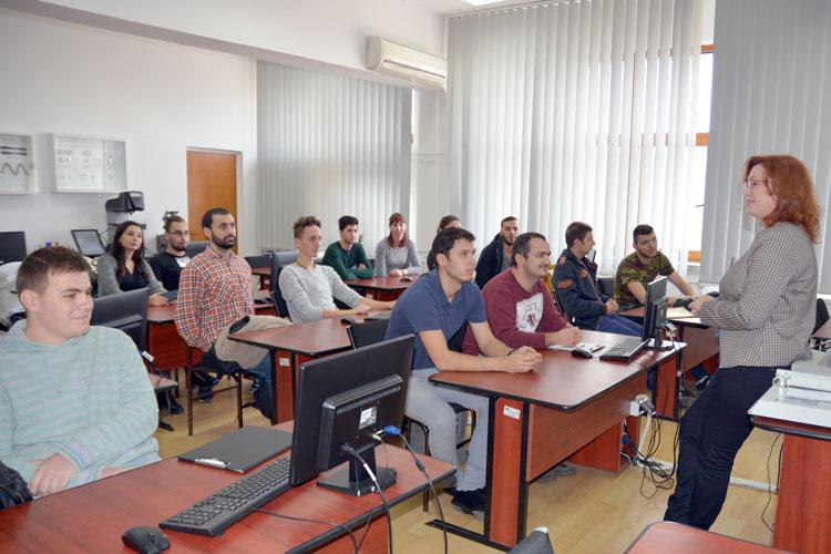 """Specializări de top la Universitatea """"Dunărea de Jos"""" din Galați"""