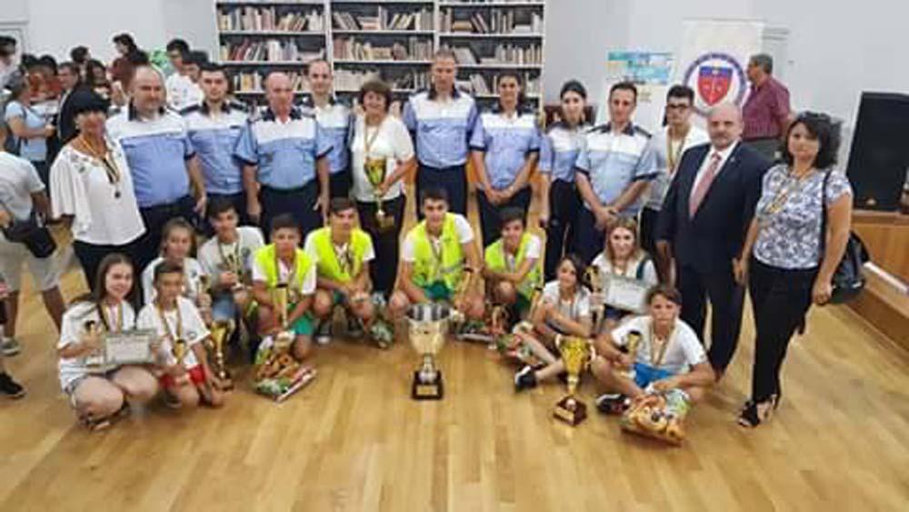 """Echipajul din Tulcea, cel mai bun la """"Educaţie rutieră, educaţie pentru viaţă!"""""""