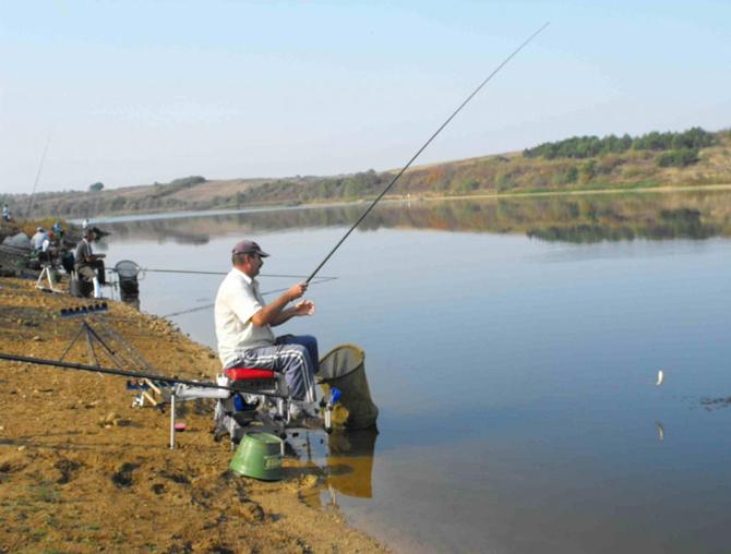 Ne îndreptăm spre privatizarea totală a pescuitului amator  în Delta Dunării