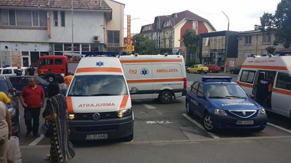Panică în Piaţa Nouă: 87 de persoane evacuate dintr-un imobil