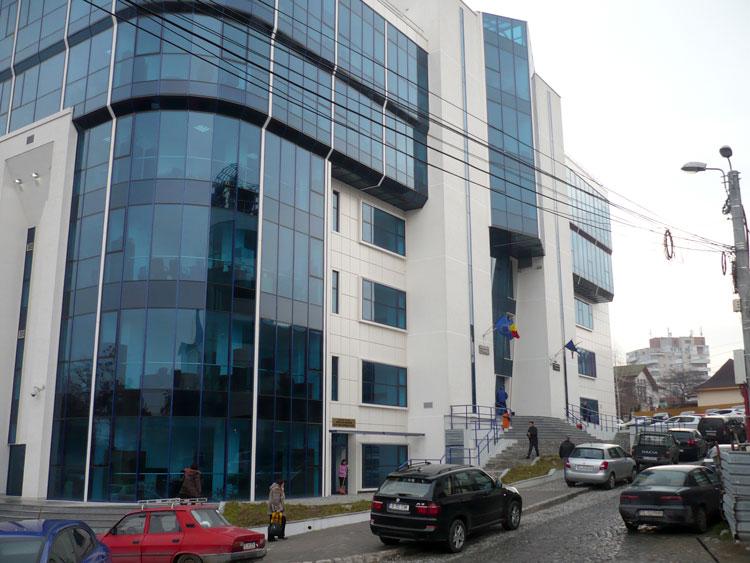 """Aplicaţia destinată justiţiabililor, """"Info dosar – Fişă dosar"""", lansată la Curtea de Apel Constanţa"""