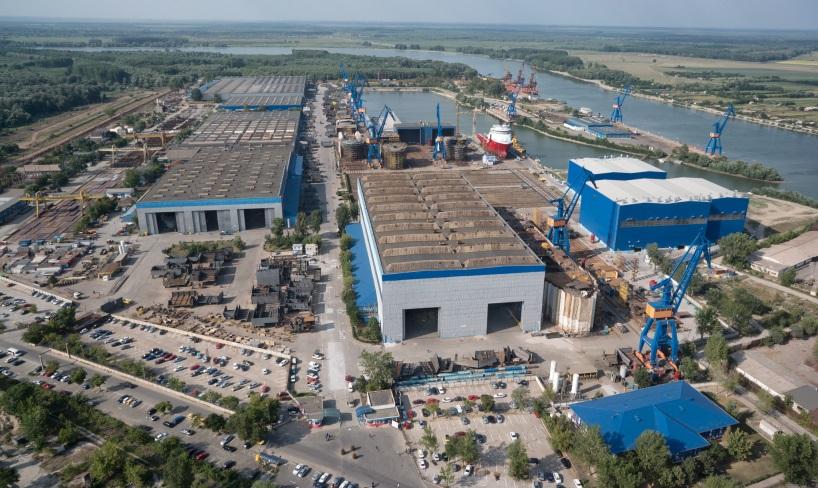Birocraţia îi ţine pe vietnamezi la poarta şantierului