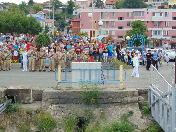 Zilele Municipiului şi Ziua Marinei au adunat mii de tulceni pe faleza din Tulcea