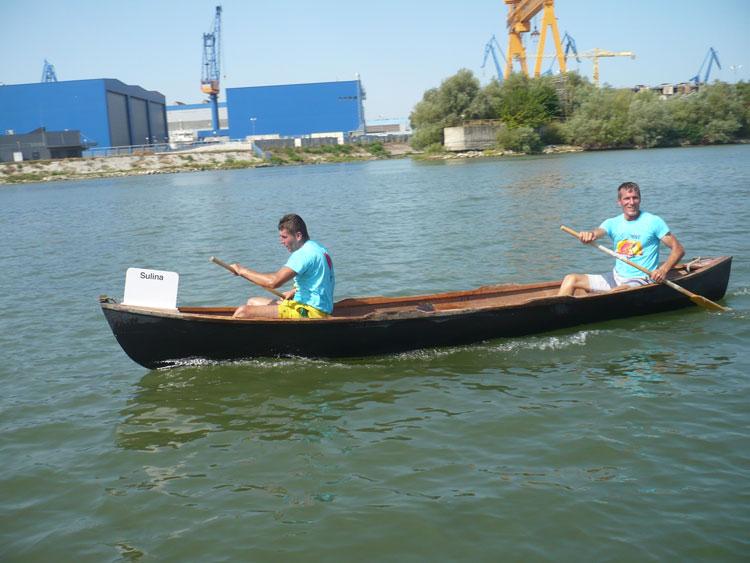 """Echipajul din Sulina a câştigat trofeul competiţiei pescăreşti """"Ivan Patzaichin"""""""