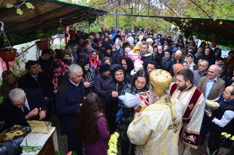 Capela Căminului de Bătrâni şi-a sărbătorit Hramul de Sf. Nectarie