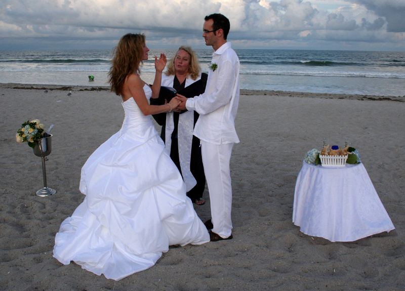 Liber la căsătoriile de fiţe în municipiu