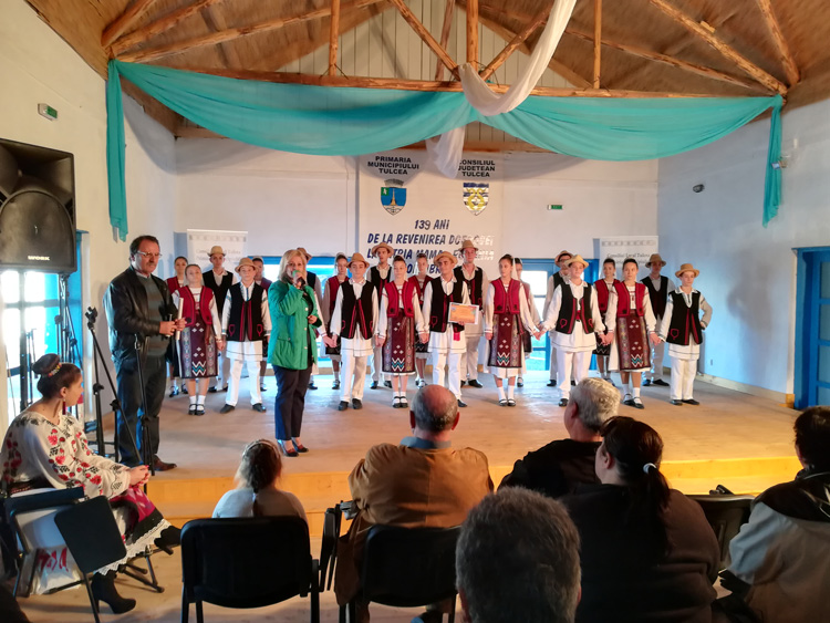 Muzică şi voie bună în Satul Pescăresc