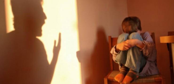 Situaţie alarmantă la Tulcea: peste 150 de cazuri de copii abuzaţi doar în ultimele luni