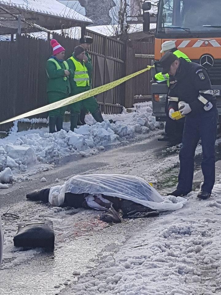 Femeie accidentată mortal de maşina de gunoi