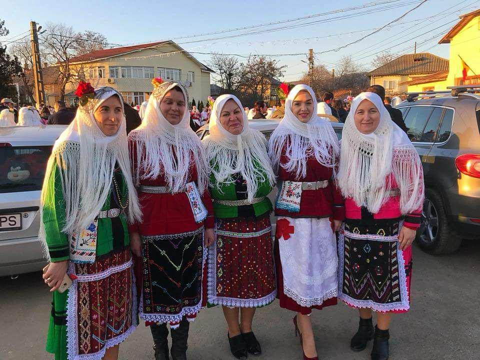 """,,Ziua Babei"""" a încheiat sărbătoarea de trei zile din comuna Izvoarele"""