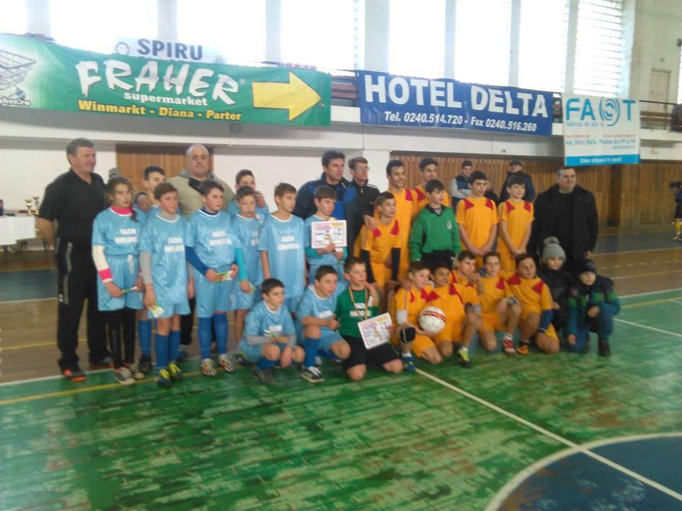 Fotbal pentru juniori: Cupa Gheorghe Hagi se joacă la Tulcea şi Isaccea