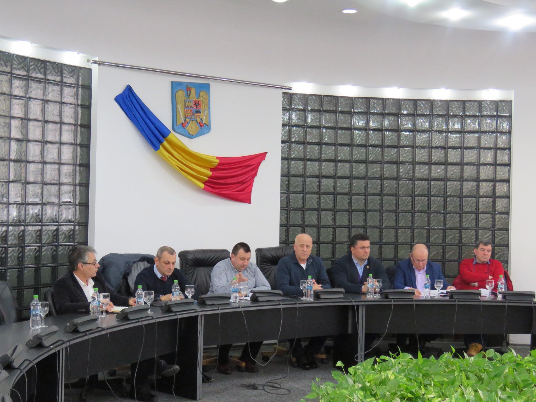 Preşedintele Teodorescu, către primari: