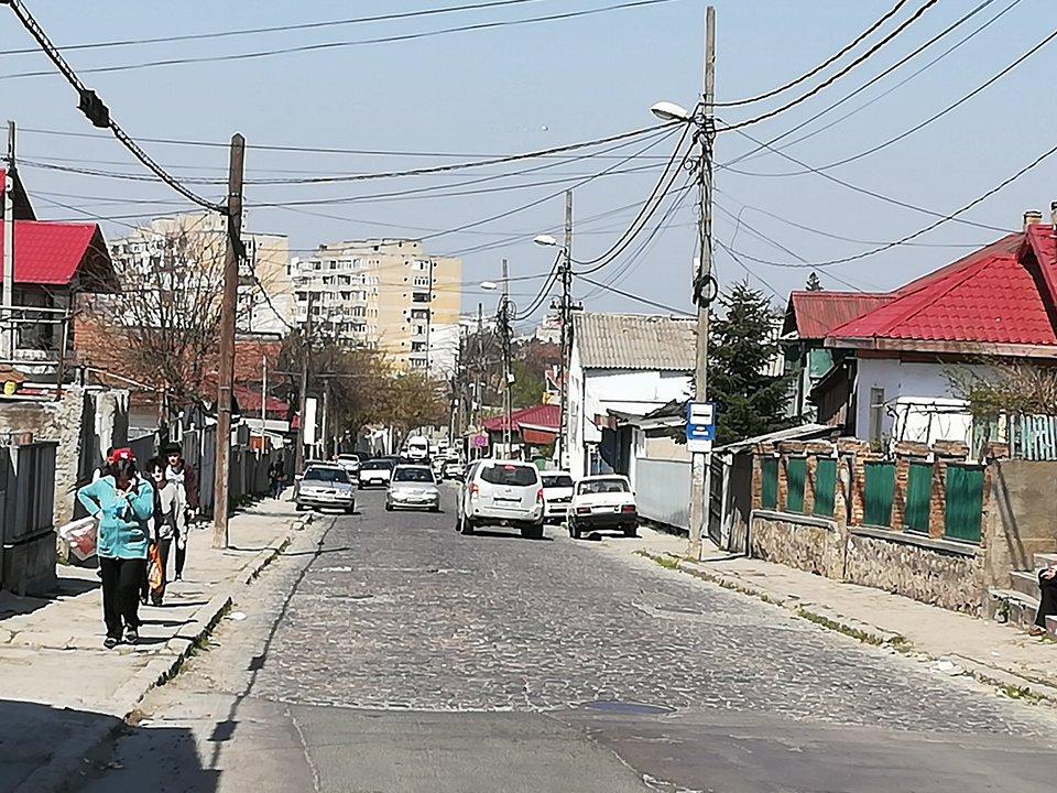Încep lucrările de modernizare apă şi canal pe strada Păcii