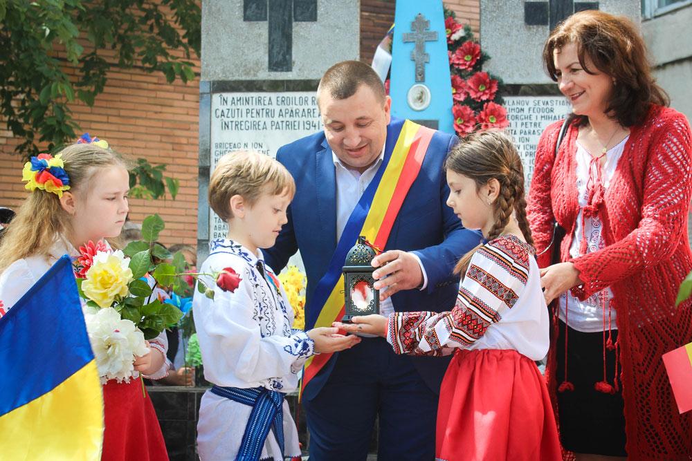 De Ziua Eroilor, la Jurilovca a sosit Flacăra Centenarului