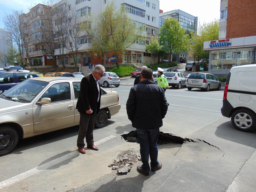 Primăria Tulcea va accesa un credit de circa 25 de milioane de lei  pentru reabilitarea infrastructurii rutiere