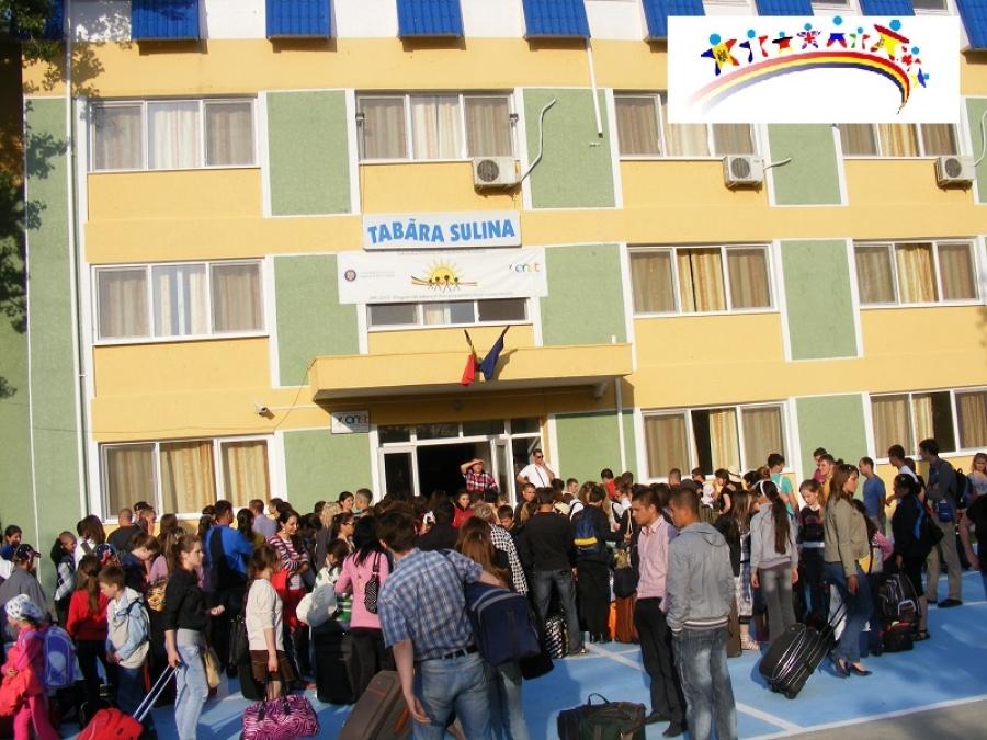 """Astăzi, Ministerul pentru Românii de Pretutindeni deschide taberele """"Arc"""" la Sulina"""