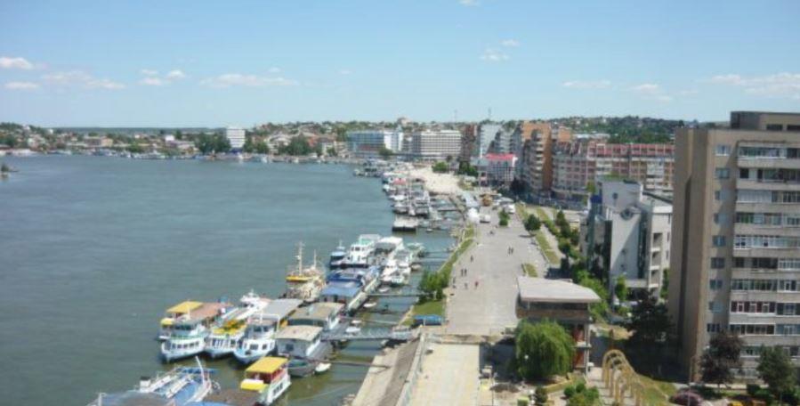 Proiectul privind reabilitarea falezei şi portului ar putea fi depus anul acesta