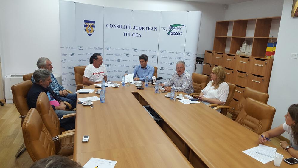 Tulcea şi RowmaniaFEST sărbătoresc Unirea lansând Flotila Centenar