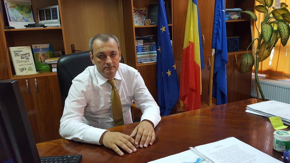 """Prefectul judeţului Tulcea, Lucian Furdui: """"Vânătoarea la şacal impusă de criza PPA răspunde unei probleme sociale din Delta Dunării"""""""