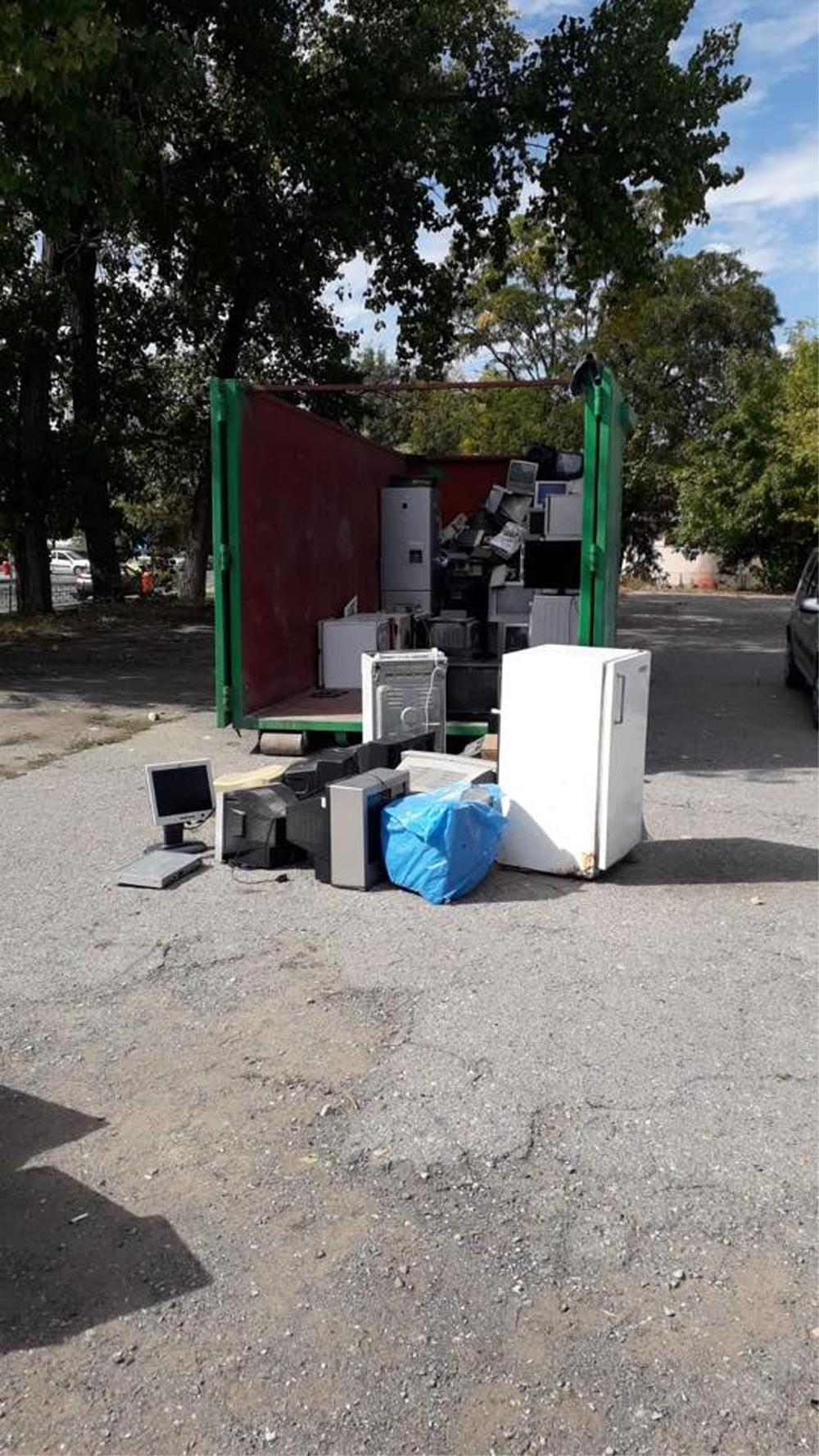 Tulcenii au scăpat de 11 tone de deşeuri electrice într-o singură zi