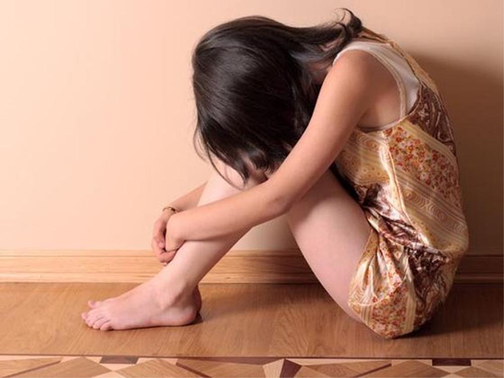 Un bărbat din Babadag a întreţinut timp de doi ani relaţii sexuale cu mai multe copile