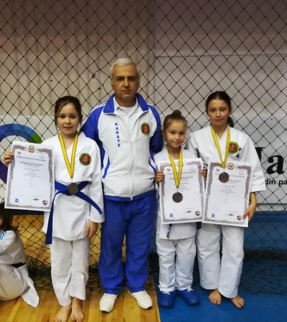 Campionatul naţional de karate interstiluri: