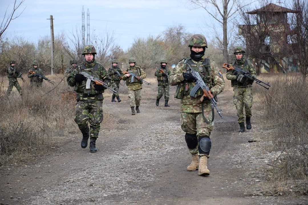 Infanteriştii marini de la Babadag se pregătesc pentru prima misiune în Afganistan