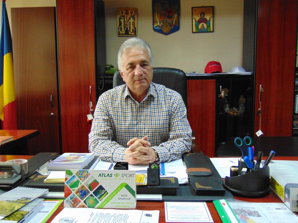 Primarul Hogea: Solicitarea mediului de afaceri tulcean, în analiză la Direcţia Economică