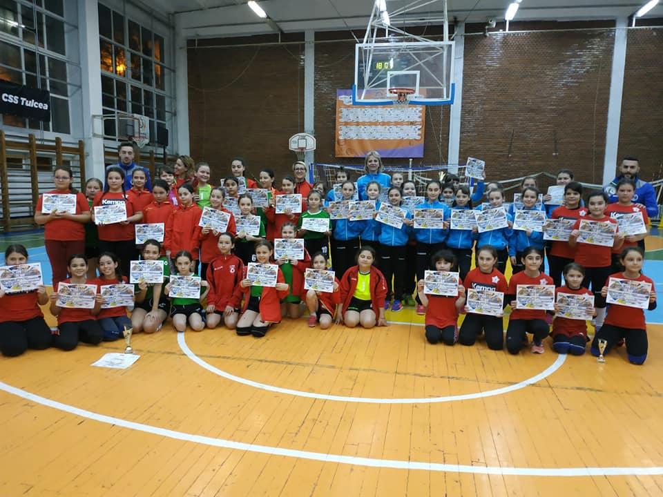 In memoriam Laurenţiu Radu: turneu de minihandbal feminin la sala CSS Tulcea