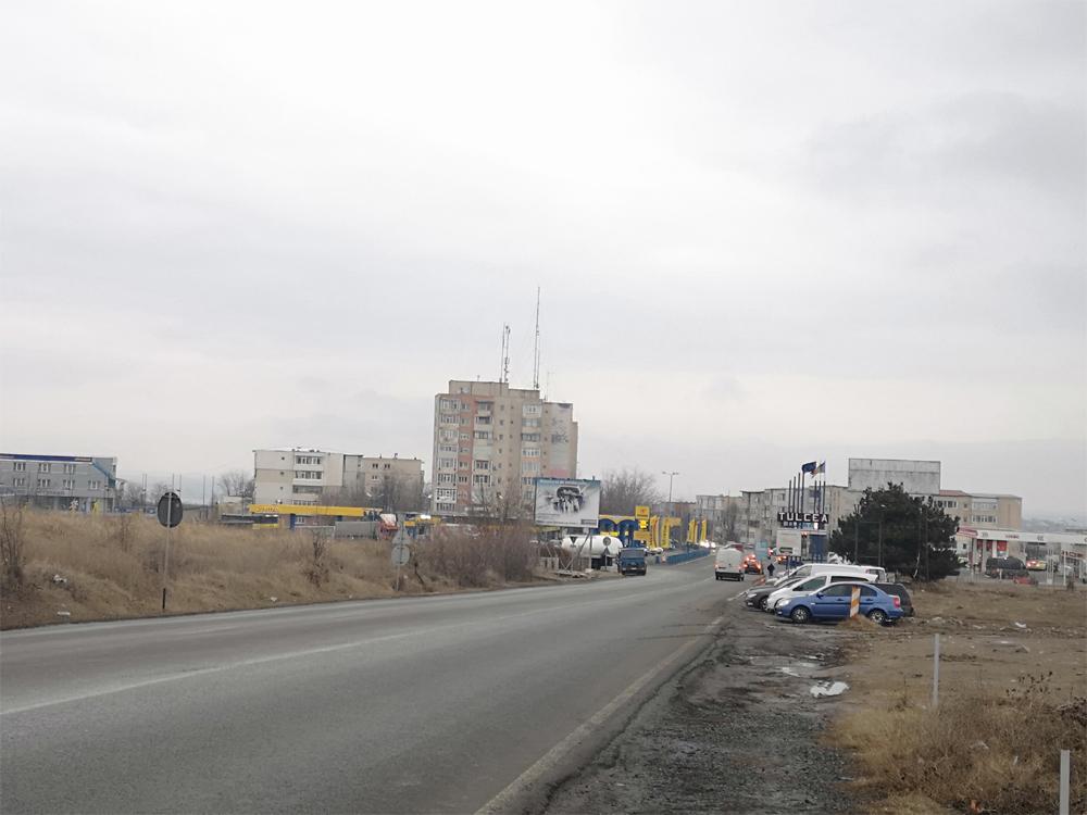 Se măreşte oraşul: un cartier nou şi un complex comercial, la intrarea în municipiu