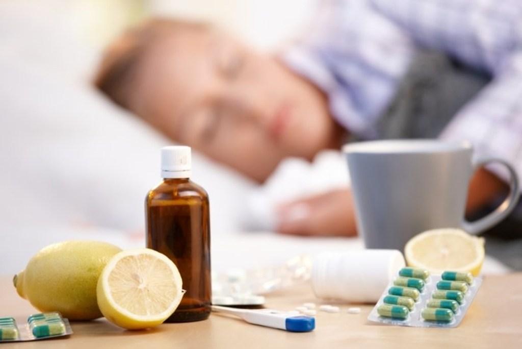 Doisprezece noi suspiciuni de gripă în judeţ