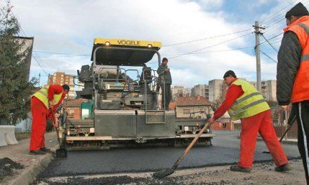 Bugetul municipiului, în chinuri: mai puţini bani pentru reabilitarea străzilor