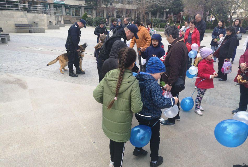 Câinii de serviciu, autospecialele de intervenţie şi armele, principalele atracţii de Ziua Jandarmeriei Române