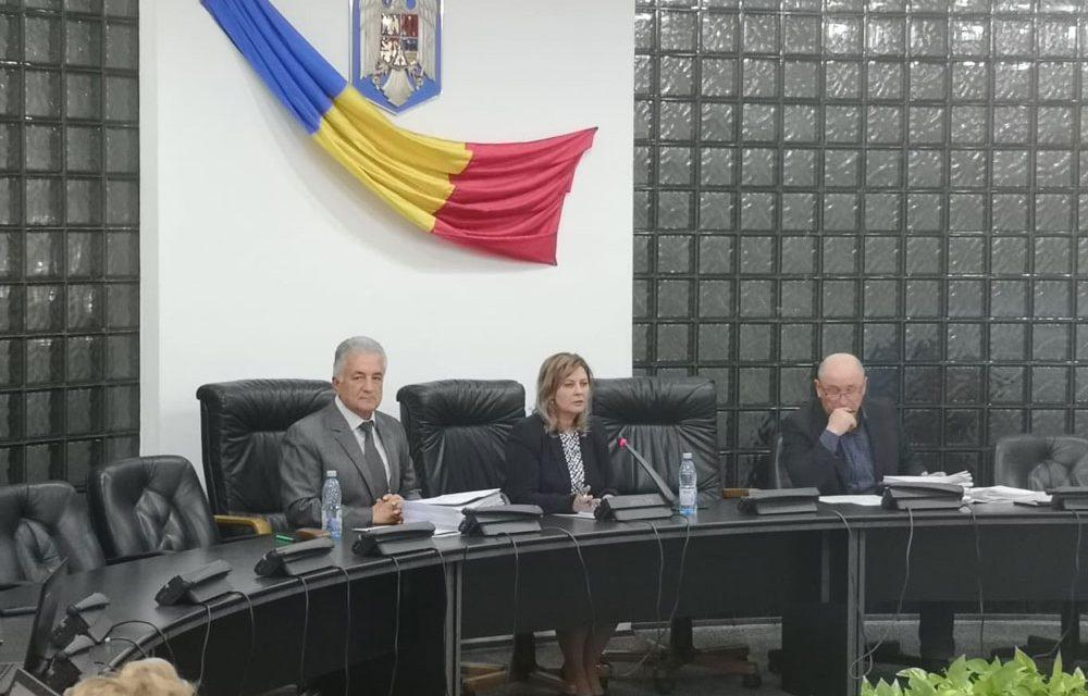 """Primarul Hogea: """"Ne-am fi dorit pentru investiţii să avem mai multe fonduri"""""""