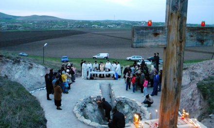 Astăzi este Izvorul Tămăduirii: se sfinţesc apele